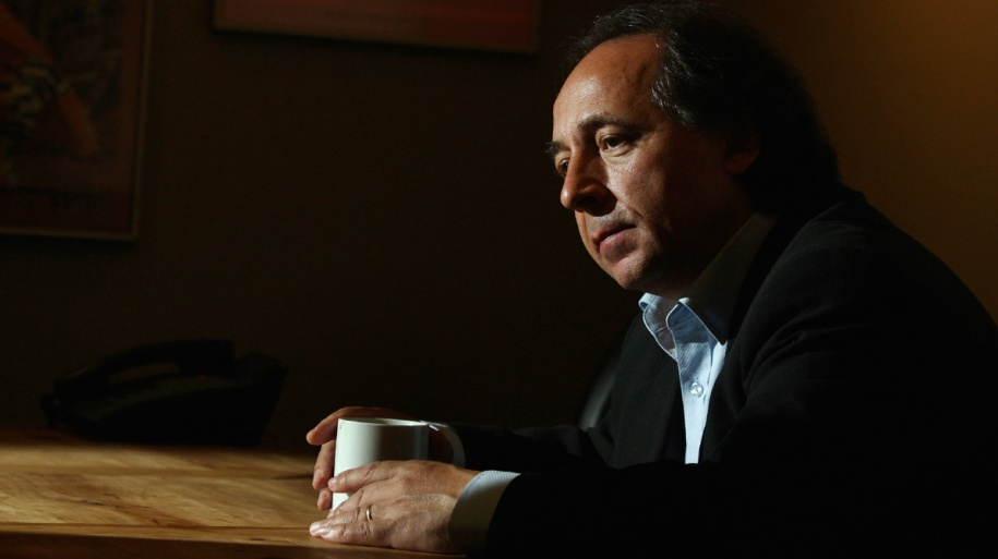 October 1, 2009  Toronto comedian Tony Rosato is out of jail where he was wrongfully held for about two years before he was sent to a mental institution (Rosato was originally chargred with criminal harassment after he thought his wife Leah had been replaced by an imposter) in Toronto.  Toronto Star/Steve Russell